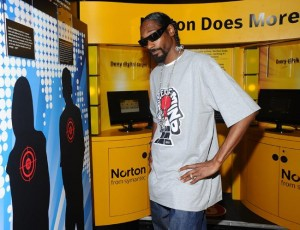 hack-is-whack-snoop-dog-norton