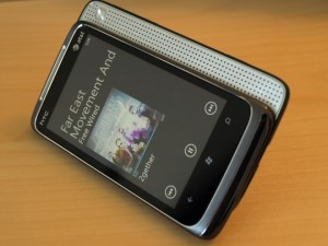 att-htc-surround-windows-phone-7